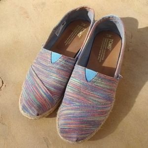 Colorful Rainbow Slip On Canvas Toms Size 7W